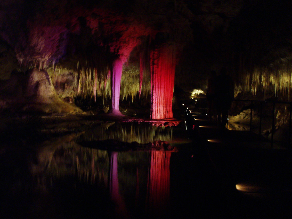 lake cave margaret river wa